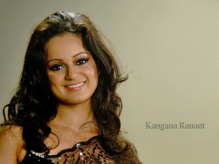 Kangana Ranaut sweetsmile wallpaper