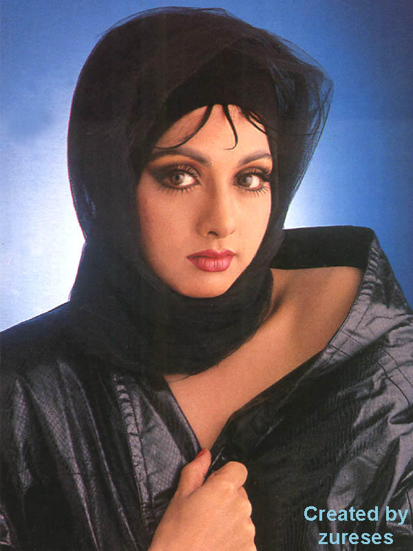 Sri Devi angry look wallpaper