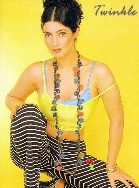 Twinkle Khanna sexiest figure wallpaper