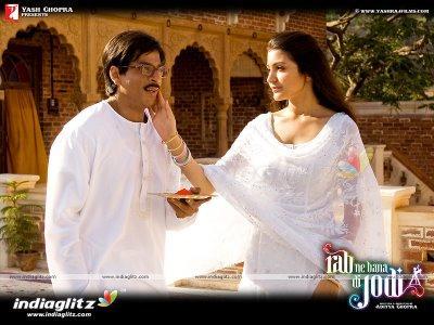 Anushka Sharma and shahrukh in rab ne bana di jodi