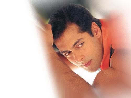 Bubble boy Salman khan strong arm pic