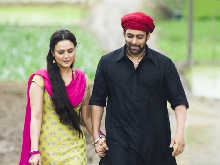Preity Zinta with Salman Khan film pics