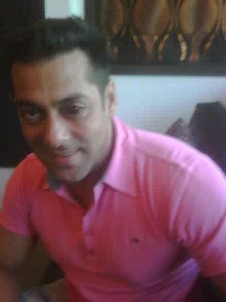 Salman Khan Red eye cute Photos