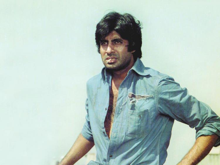Amitabh Bachchan hot look