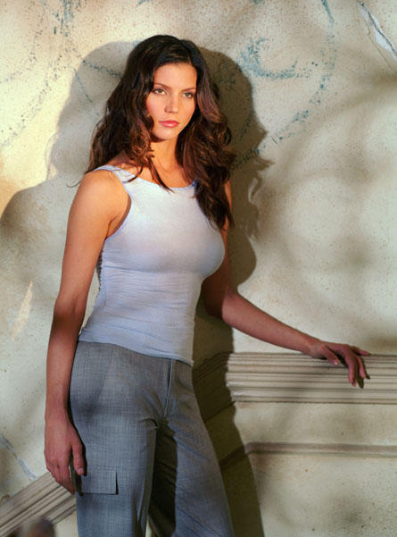 Charisma carpenter white color dress beauty pictures