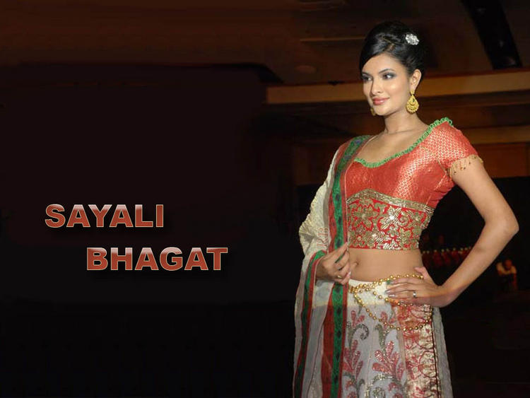 Sayali Bhagat Hot and Cool Wallpaper