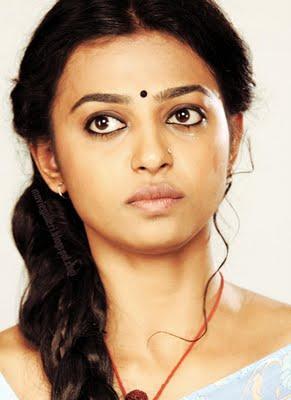 Radhika Apte Rakta Charitra hot still