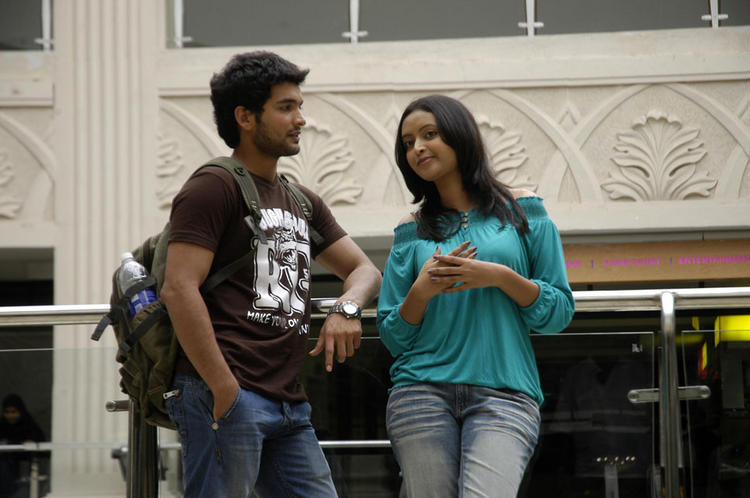 Jolly boys kannada movie diganth and rekha romance stills