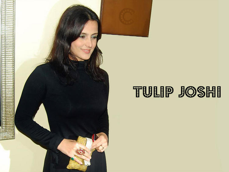 Tulip Joshi glorious wallpaper