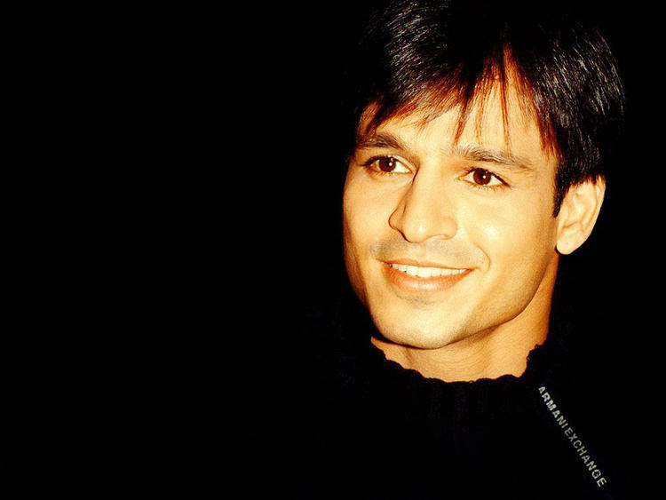 Vivek Oberoi hot smile pic