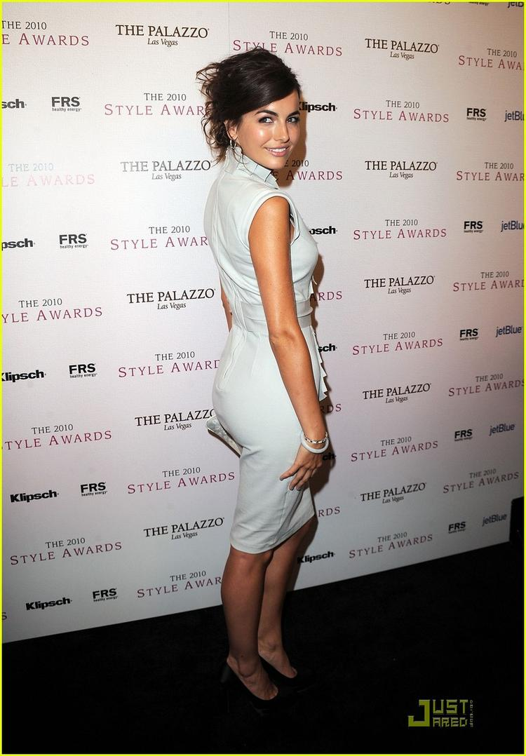 Camilla Belle sexy figure back expose