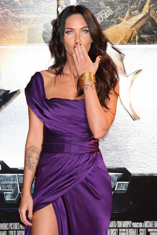 Megan Fox amazing dress still