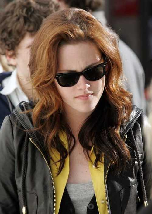 Kristen Stewart in coat nice images