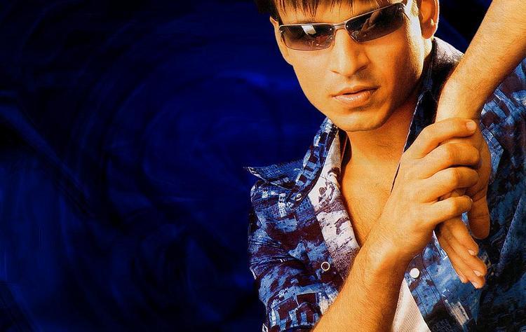 Vivek Oberoi Beautiful hot look wallpaper