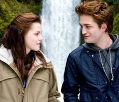 Robert Pattinson and Kristen Stewart  latest photo