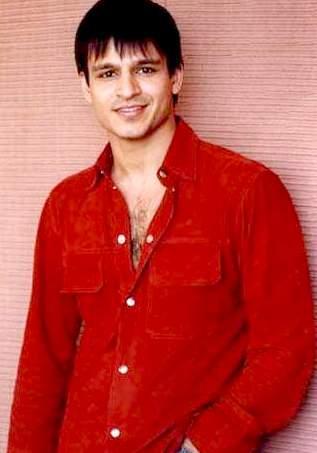 Vivek Oberoi cute smile look