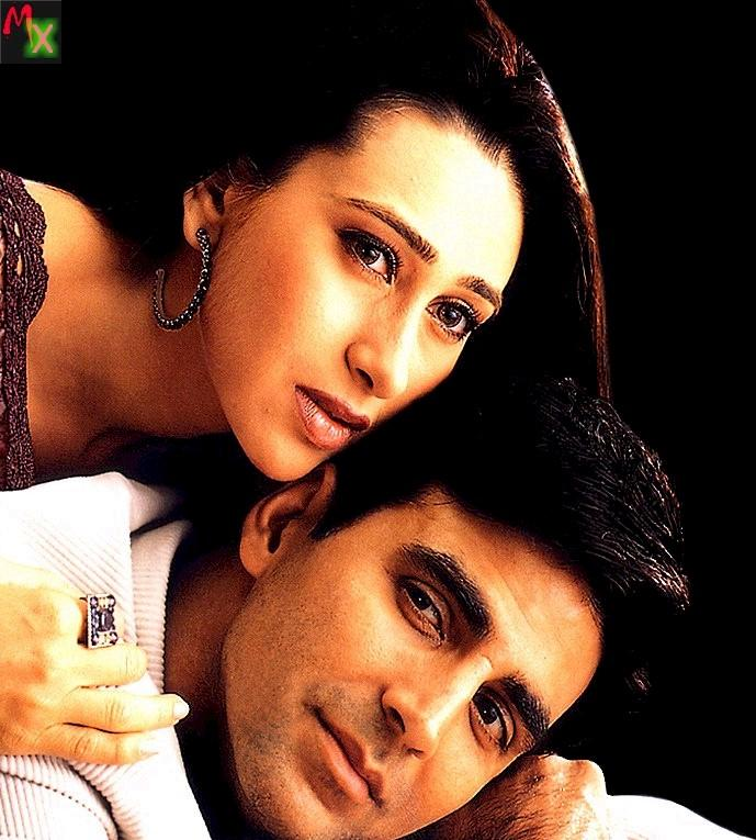 Akshay Kumar and Karishma in Ek Rishtaa hot still