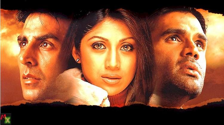 Akshay, Shilpa and Sunil in Dhadkan