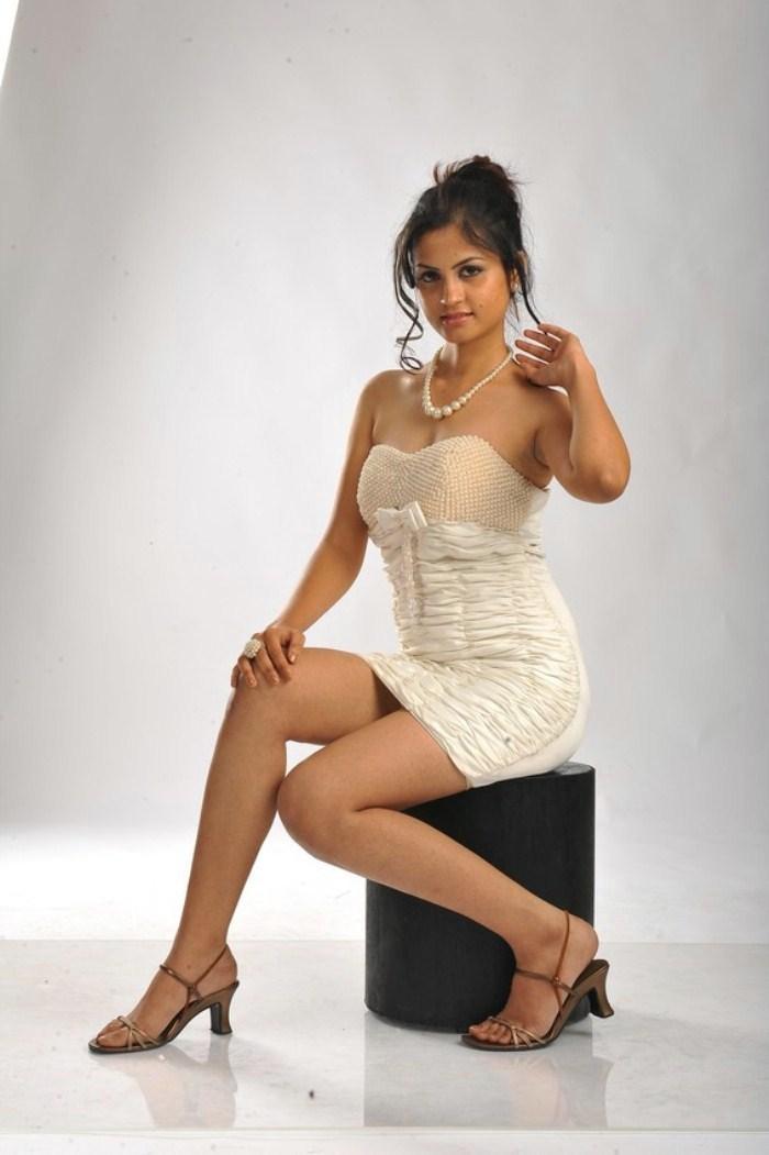 Madhulika hot photo shoot