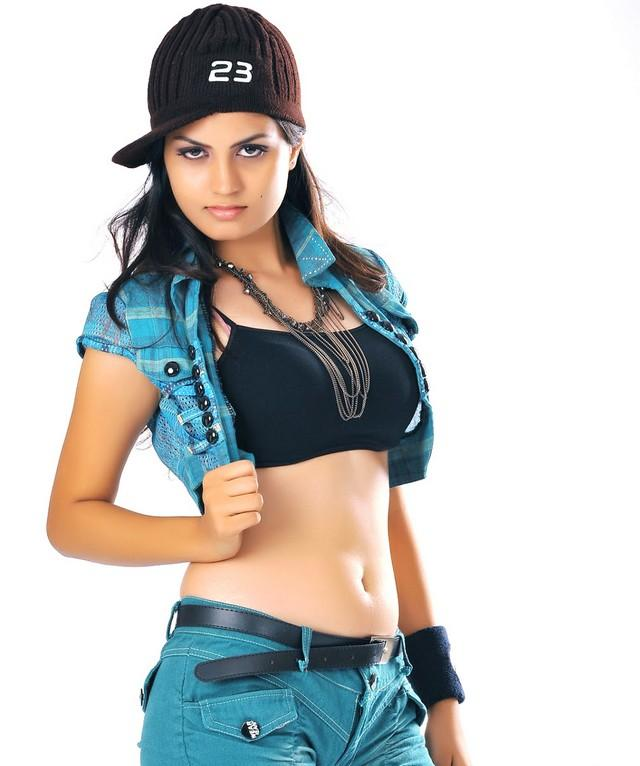 Madhulika hat sexy look phpto