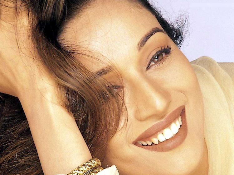Madhuri Dixit sweet smile pic