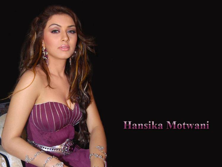 Hansika Motwani sleeveless dress glamour still