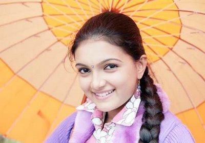 Saranya Mohan glorious cute pic