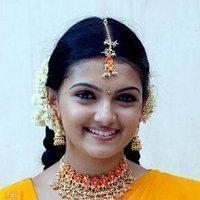 Saranya Mohan beauty still In Bheemili kabadi jattu