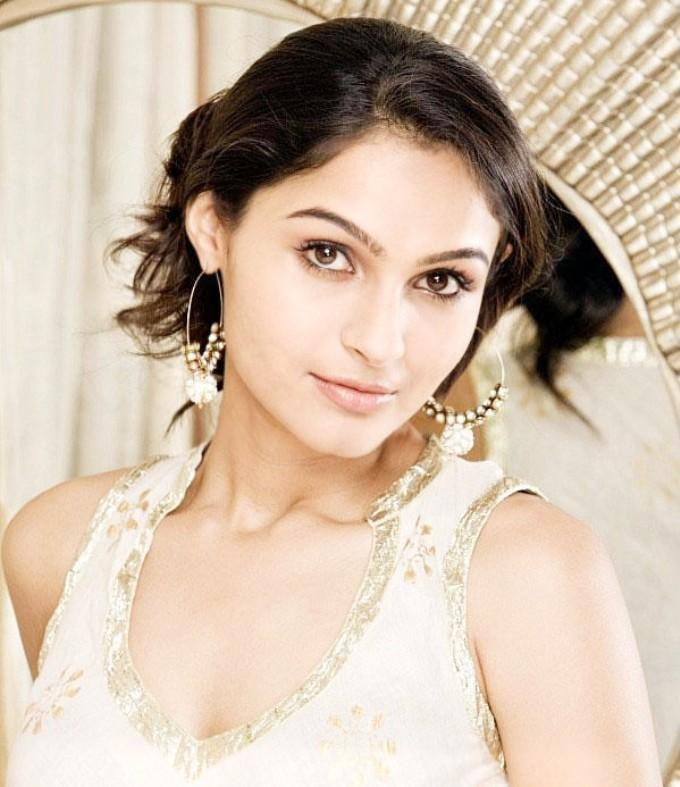 Andrea Jeremiah  space photos
