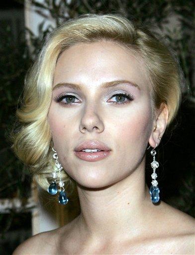 Scarlett Johansson latest gorgeous photo