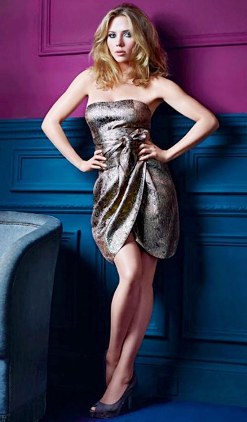 Scarlett Johansson sexy dress wallpaper