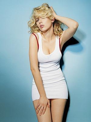 Scarlett Johansson short dress spicy wallpaper