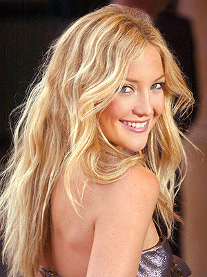 Kate Hudson sexy back expose