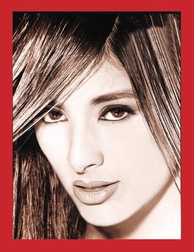 Tabu Khan cute lips hot wallpaper