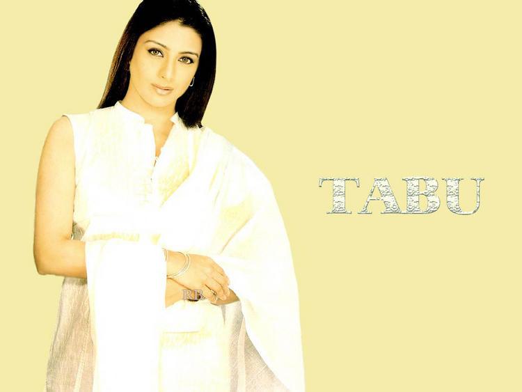 Tabu Khan simple dress wallpaper