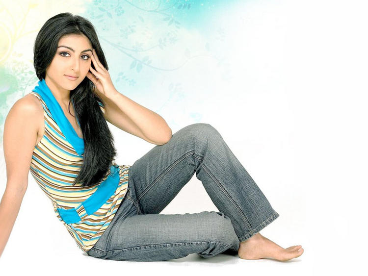 Hot images of Soha Ali Khan