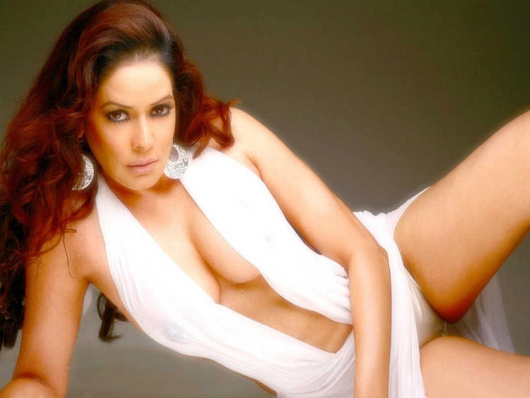 Poonam pandey very sexy pictures