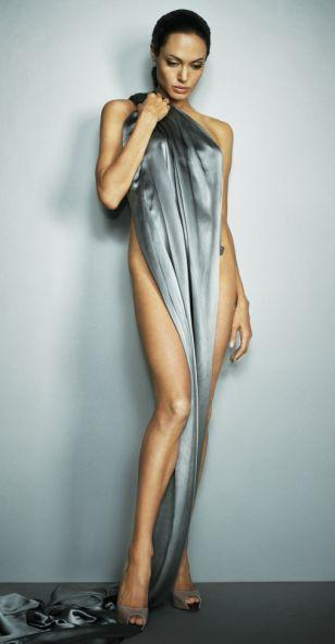 Angelina Jolie without single dress photos