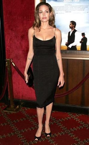 Angelina Jolie black color dress party photos