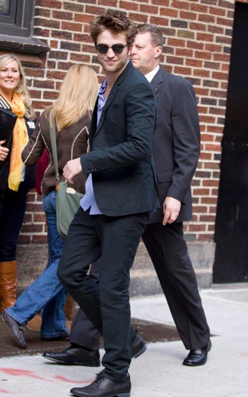 Robert Pattins Photo at Drop Late Show