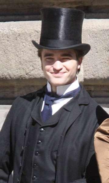 Robert Pattinson cute still in Bel Ami Movie