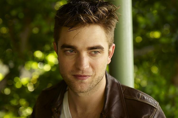 Robert Pattinson glorious still