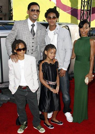 Will Smith with family latest photo