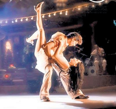 Hrithik Roshan and Barbara Mori dance still in Kites