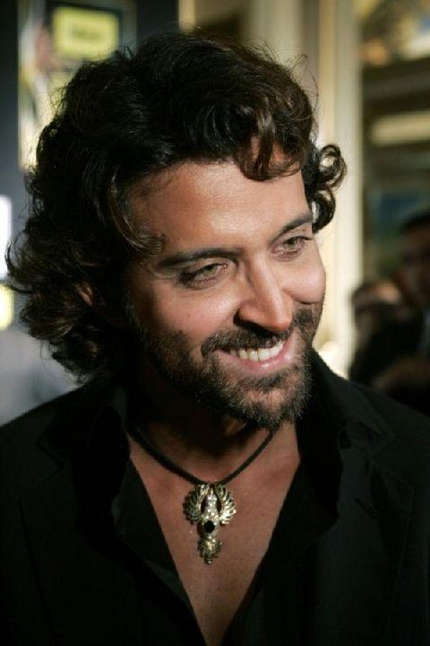 Guzarish movie Hrithik Roshan sweet smile pic