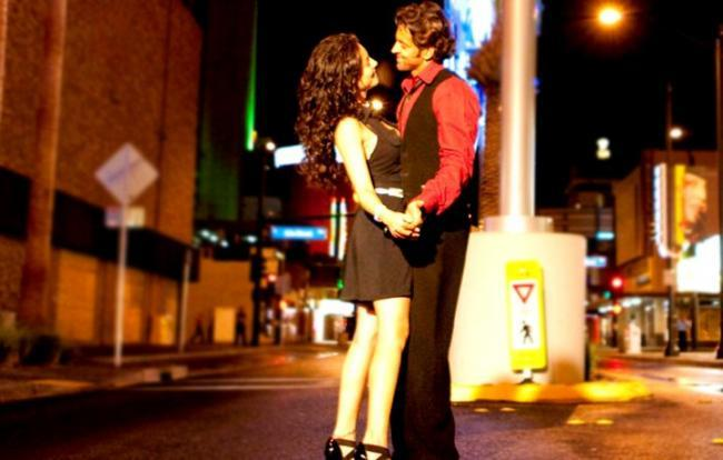 Kites movie Hrithik Roshan and Barbara Mori hot pics