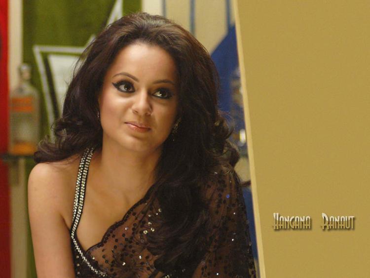 Kangana Ranaut glamour still