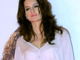 Kangana Ranaut pink lips hot still