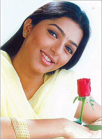 Bhumika chawla Beautiful wallpaper