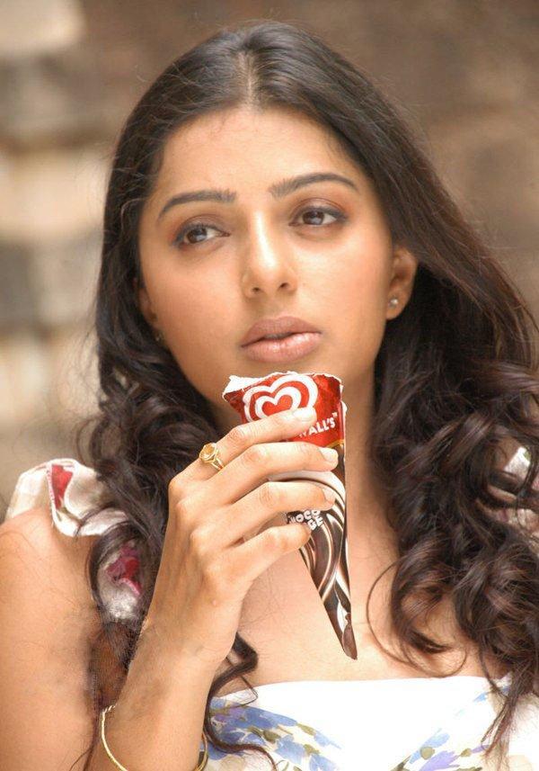 Bhumika Chawla with Ice-Cream